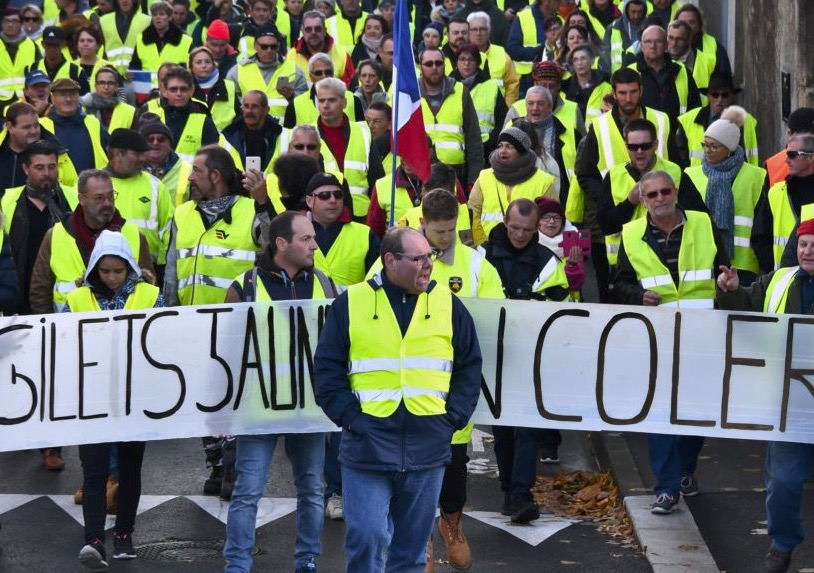 yellow vest protests are ignored by main stream media and US resistance